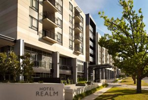 HotelReal exterior 300x203
