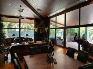 Jamala Lodge Area 300x225