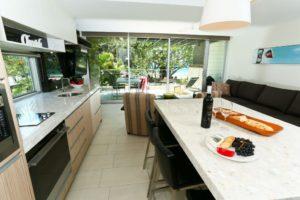 seahaven accommodation one bedroom beachfront 3 1024x683 1 300x200