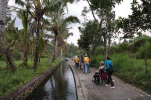 AccessibleIndonesia FarmersWalk3 300x200