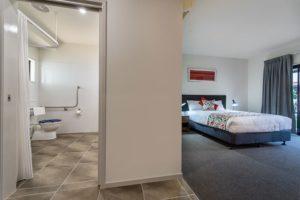 KortesResort accessibleroom2 300x200